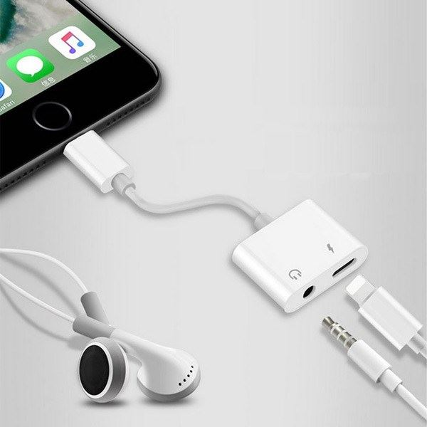 iPhone Lighting 3.5 AUX Audio Cable MH033
